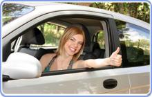 lejebilen women in car